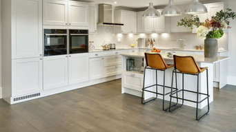 Engineer and Solid Wood Floors, Parquet, Laminate, Vinyl Tiles, a Vast Selection