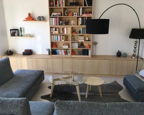 Table basse ronde à trois pieds avec plateau en verre - Table Basse