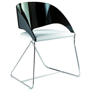 Duesy B Black and White Leather Chair