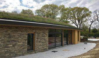 Green roof installation - Hoylandswaine