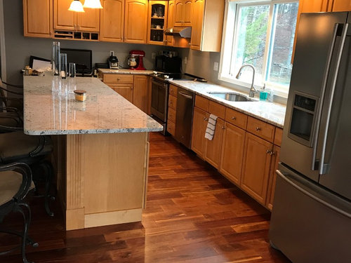 To paint the yellowing maple cabinets or not?? How to ... on Light Maple Cabinets With White Countertops  id=16066