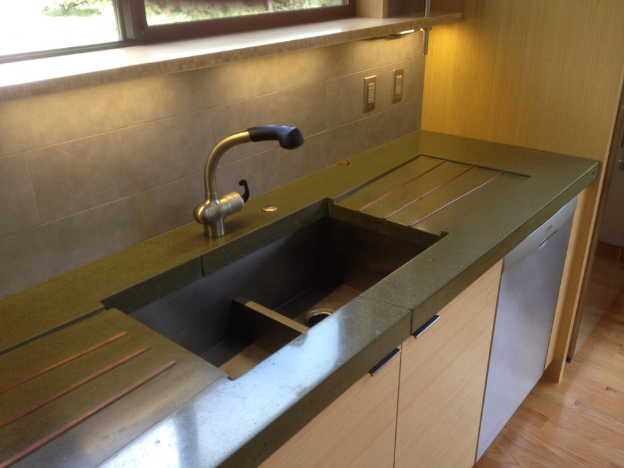 Concrete counter with copper drain boards