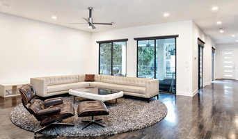 Great Room opens to Courtyard