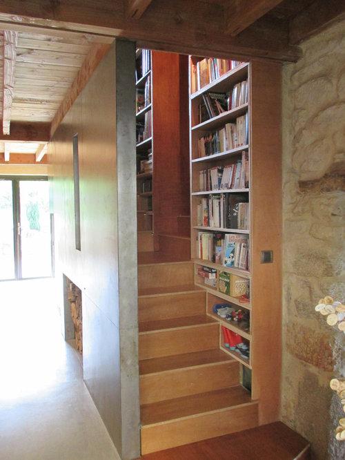 Photos et id es d co de maisons modernes bauhaus - Decoration de cage d escalier ...