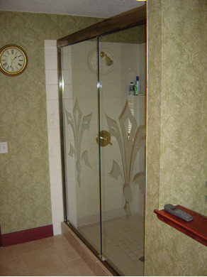 Semi Frameless Bypass (Sliding) Shower Doors