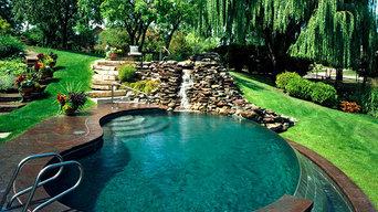 Vanishing Edge Pool in Oak Brook