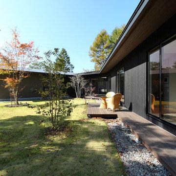 森を包む家 軽井沢別荘