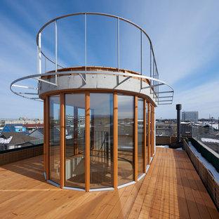 東京23区のコンテンポラリースタイルのおしゃれな屋上のデッキ (日よけなし、屋上) の写真