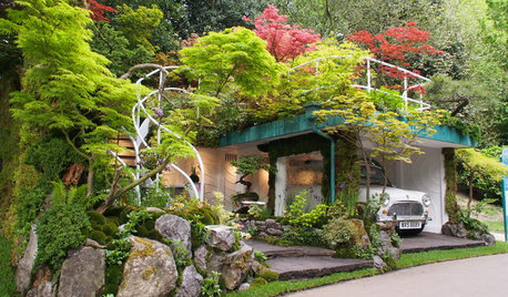 40 Gorgeous Gardens From Small & Big Homes