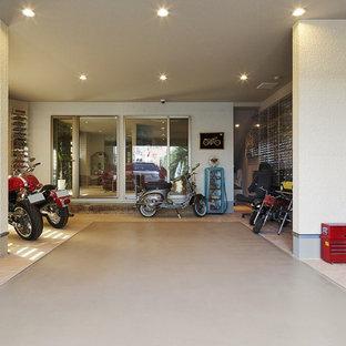 他の地域のビルトインコンテンポラリースタイルのおしゃれなガレージ作業場 (1台用) の写真
