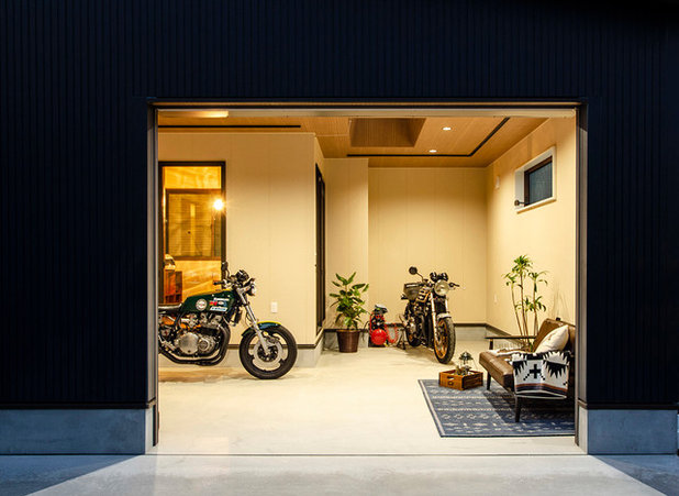 Moderne Garage by 健幸工房 シムラ