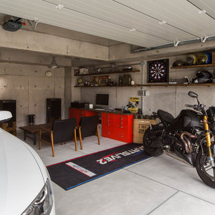 Design ideas for an industrial garage in Osaka.