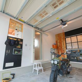 他の地域のビルトインおしゃれなガレージ作業場 (1台用) の写真