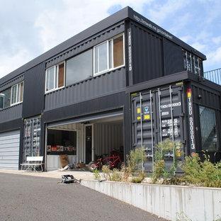 Garage - contemporary garage idea in Yokohama