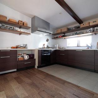 東京都下のカントリー風おしゃれなキッチンの写真