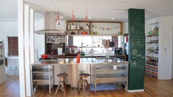 カフェにいるような心地よいキッチン空間