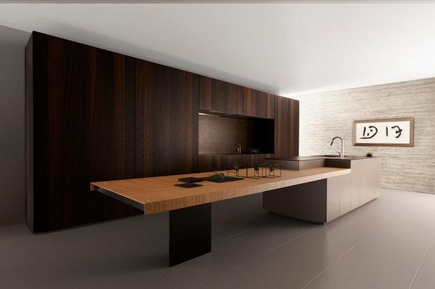 Midcentury Kitchen by キッチンハウス