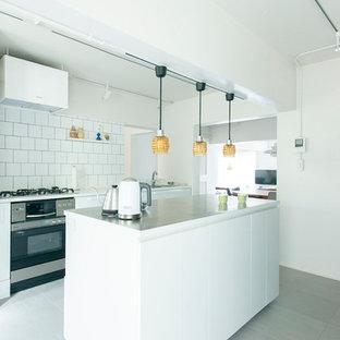 東京23区のインダストリアルスタイルのおしゃれなキッチンの写真