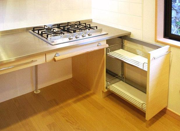 モダン キッチン by 木の家設計室 アトリエ椿|atelier tsubaki