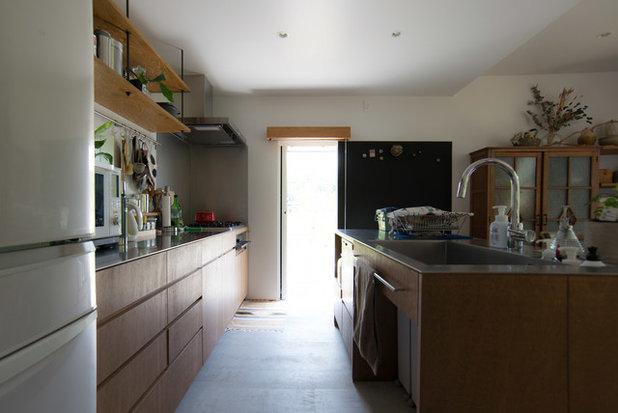 シャビーシック調 キッチン by タイラヤスヒロ建築設計事務所