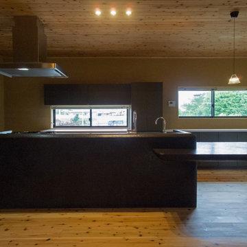 左官磨き仕上のダイニングキッチン