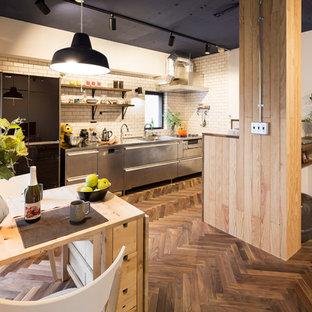 他の地域のインダストリアルスタイルのおしゃれなキッチンの写真