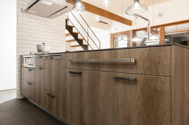Industrial Kitchen by キッチンハウス
