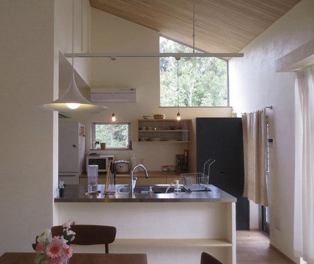 モダン キッチン by atelier KUKKA architects
