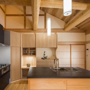 東京都下の和風のおしゃれなキッチンの写真