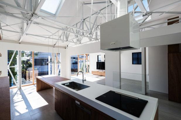 コンテンポラリー キッチン by KIRI ARCHITECTS