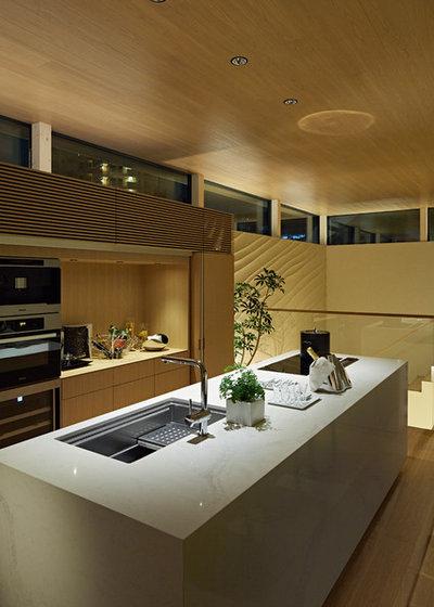 モダン キッチン by 高田事務所 一級建築士事務所