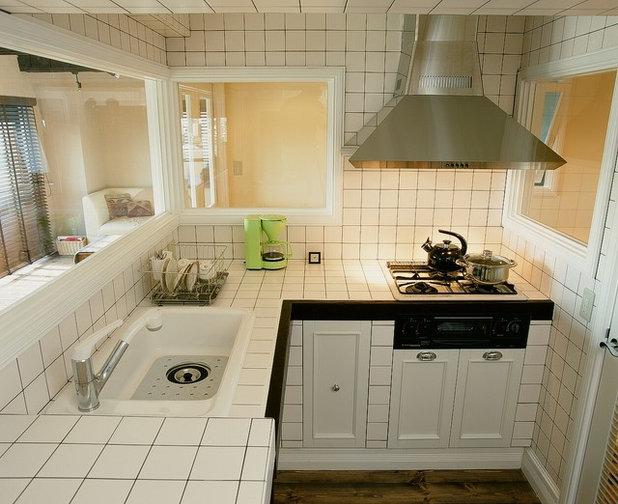 Craftsman Kitchen by POWDERYELLOW