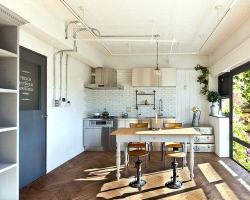 Ideas para cocinas fotos de cocinas industriales con for Material de cocina industrial