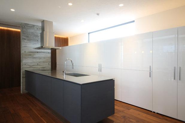 ca8b2bc88b 厳選!オープンキッチンの収納アイデア - 美しく機能的なキッチン収納 ...