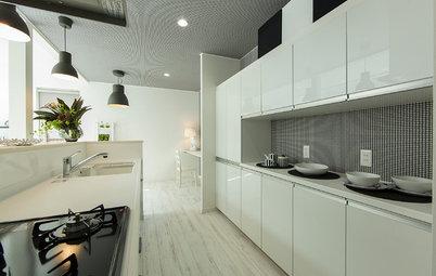 対面式オープンキッチンの「背景」になる、キッチン背面収納