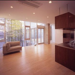 Example of a minimalist kitchen design in Tokyo