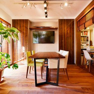 Modernes Esszimmer in Tokio Peripherie