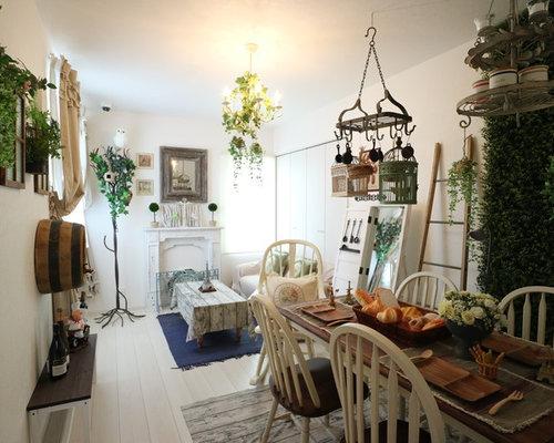 cool great cette image montre une salle manger ouverte sur le salon style shabby chic avec un with salle a manger style romantique with salle a manger