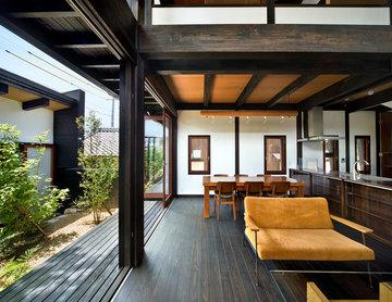 伊賀の家ー中庭のある家