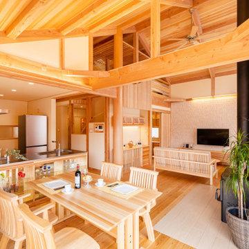 信州。新の家「OPEN-house」