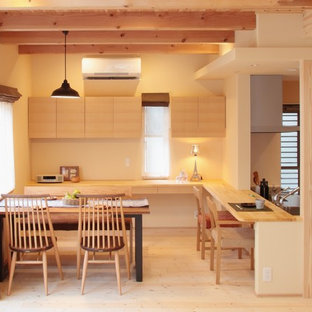 Idée de décoration pour une salle à manger nordique.