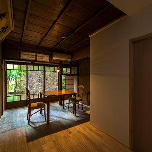 Dining room - dining room idea in Kyoto