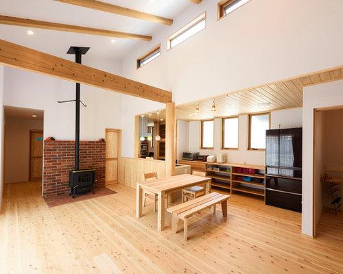 Sala da pranzo etnica con parquet chiaro - Foto, Idee, Arredamento