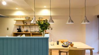 水色の腰壁がかわいい「かもめ食堂」好きなあなたにぴったりな北欧デザイン