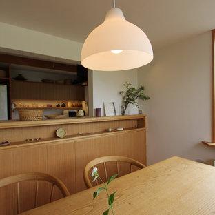 На фото: столовая в восточном стиле