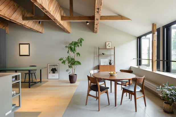 Asian Dining Room by PUDDLE Inc