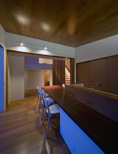 Moderno Comedor by Architect Show Co.,Ltd