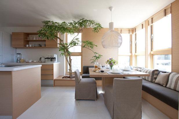 Modern Dining Room by 有限会社ハートランド