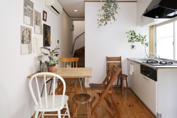 Country Dining Room by coryo interior styling