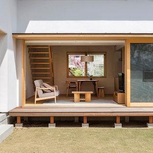 他の地域の和風のおしゃれな中庭のテラス (デッキ材舗装、日よけなし) の写真